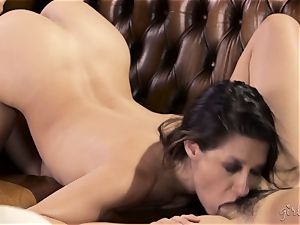 Shyla Jennings and Penny Pax all girl threesome