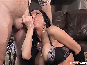 Veronica Avluv gets splooge munched off her fuckbox