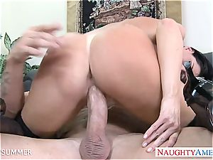India Summer looks handsome in high stilettos getting smashed