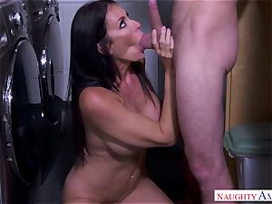 big-chested mother likes lovemaking