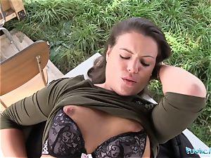 Public Agent killer schoolgirl Vany Ully creampied outdoors