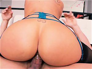 magnificent towheaded Olivia Austin gets a pussy full of prick
