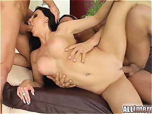 banging Miss Aletta