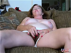 USAwives fur covered Mature vags playing Compilation