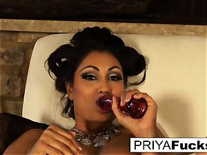 Indian milf Priya taunts then pleases her super-sexy moist hole