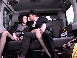 ravaged IN TRAFFIC - Russian stunner pokes rock hard in the car