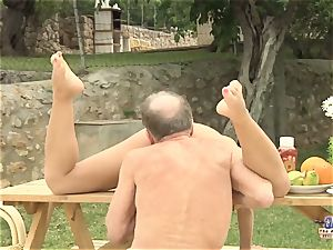 Tighty body youthfull gal banged grandpa and deep-throated weenie