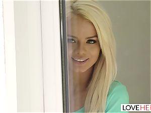 LoveHerFeet - scorching ash-blonde Gives a super-hot sole poke