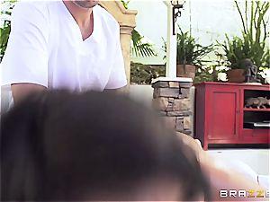 huge-titted Peta Jenese receives hardcore massage