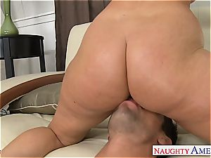 Sophie Dee has a fine culo and loves to drill