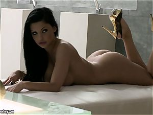 Aletta Ocean huge-titted biotch tonguing her frigs