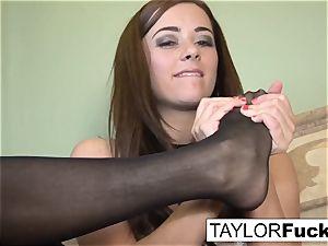 Taylor Vixen Looks extra super-hot In ebony pantyhose