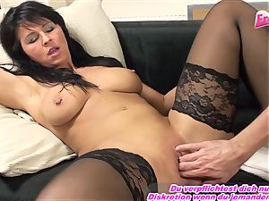 GERMAN milf fisting first time full arm in slit